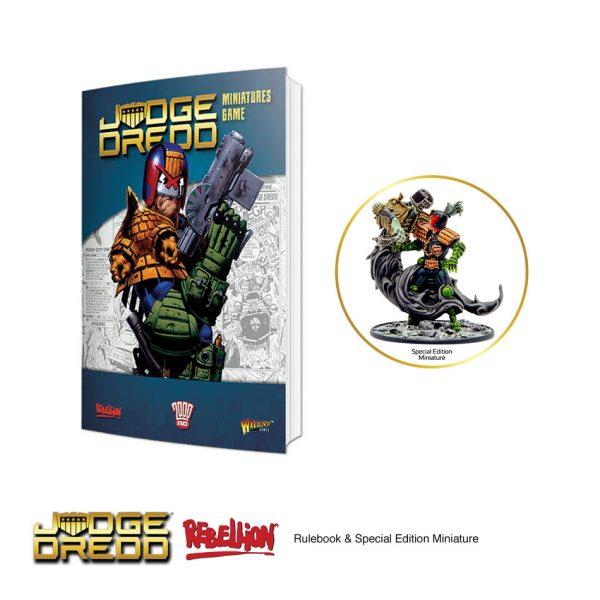 Judge Dredd Miniatures game Rulebook & special edition model